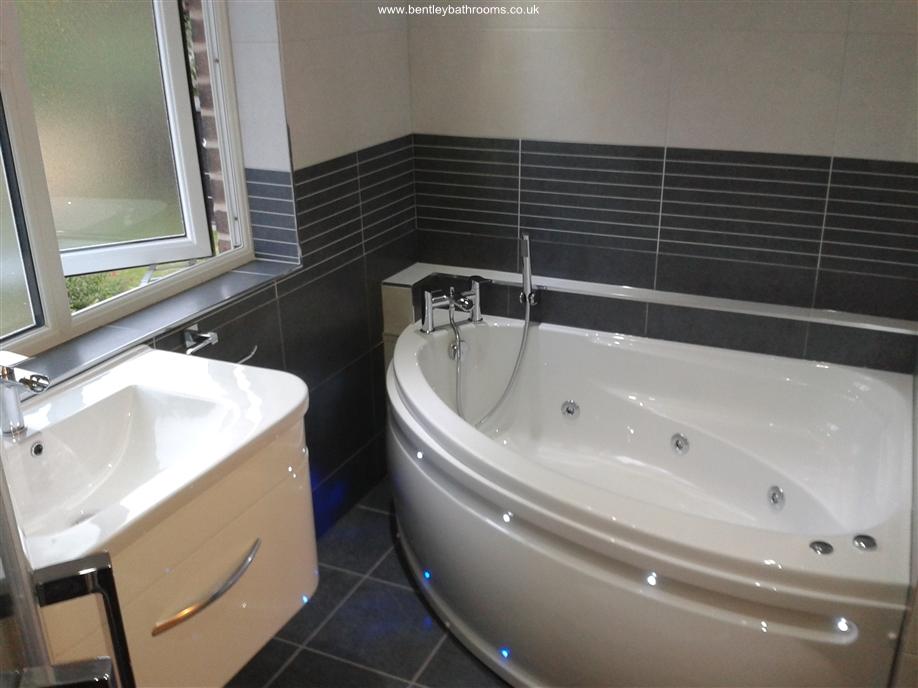 Preston Bathroom & Toilet