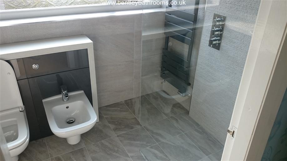 Whitehead Wet-Room