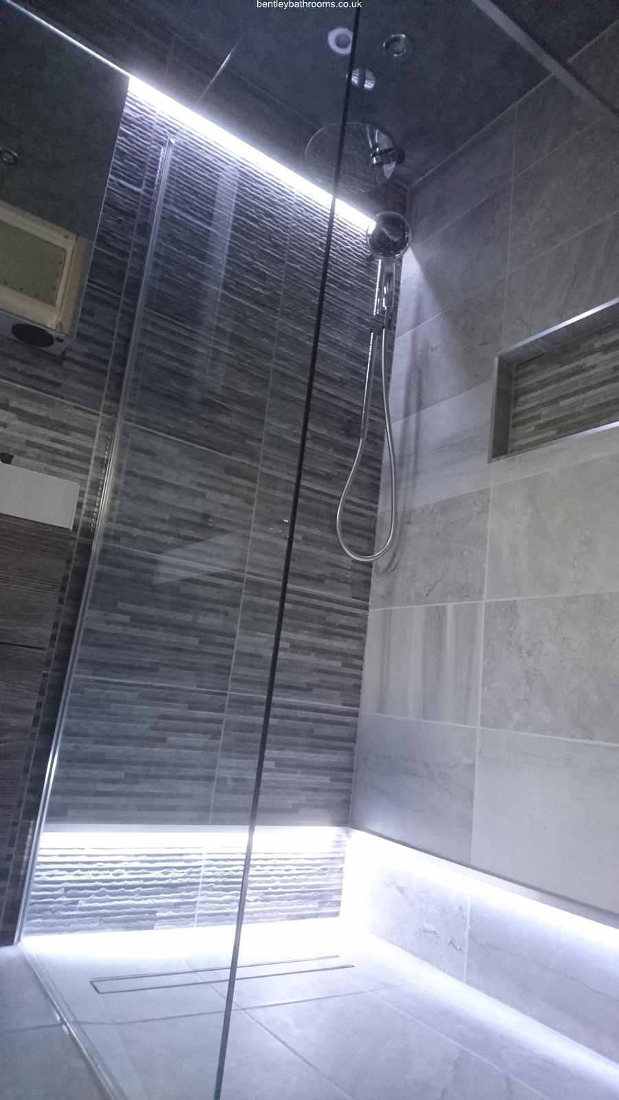 Frobisher Wet-Room/Bathroom