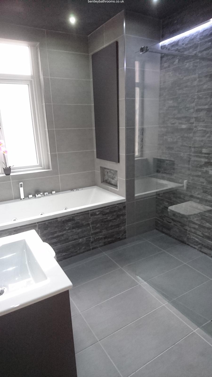 Warton Wet-Room/Bathroom