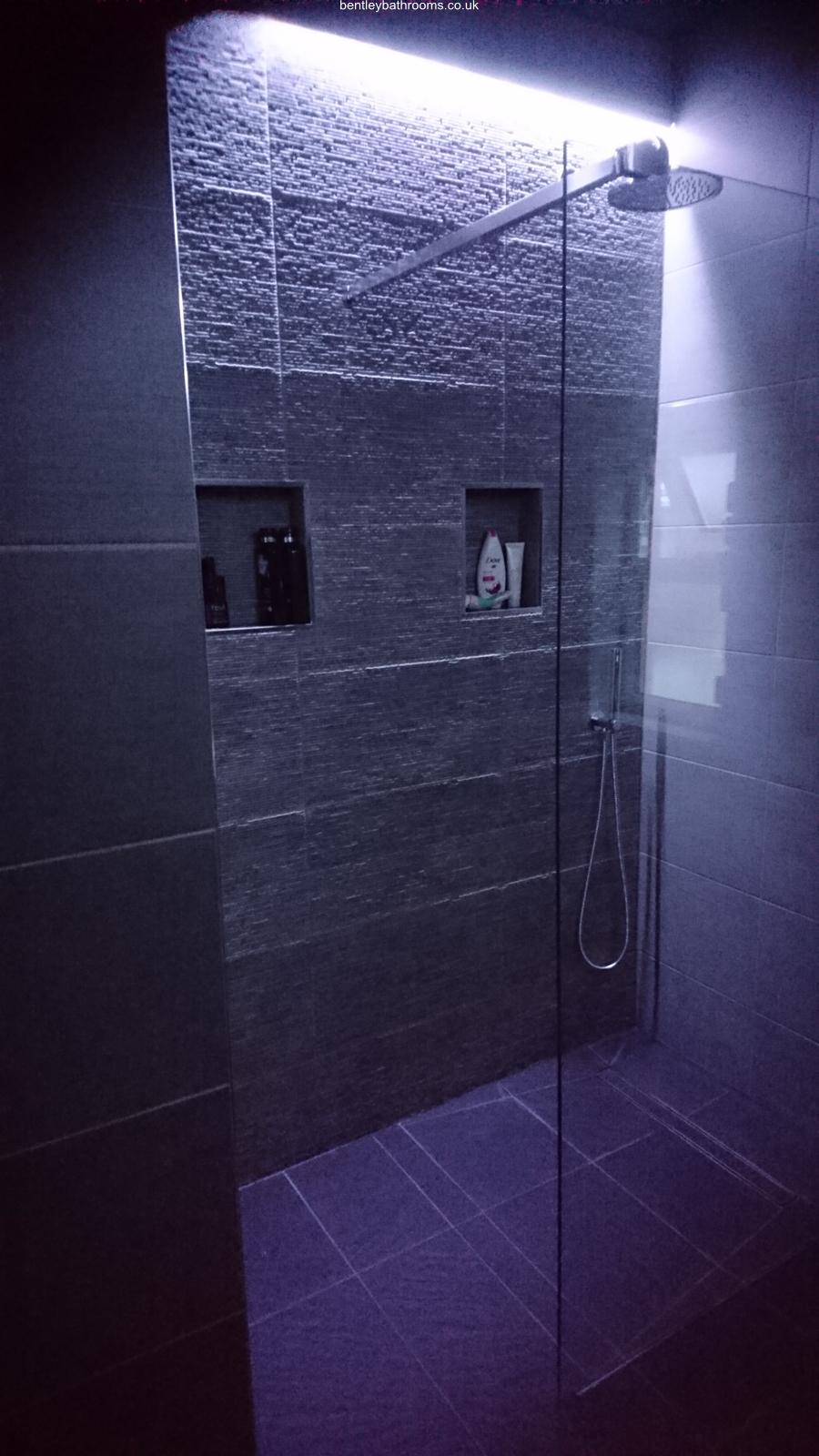 Warton II Wet-Room/Bathroom